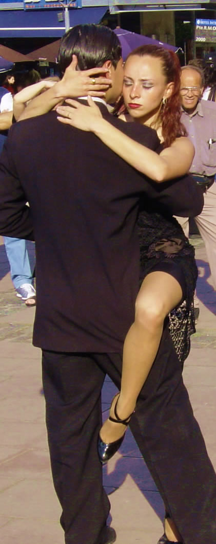 Prince of Tango of New York dances in Buenos Aires